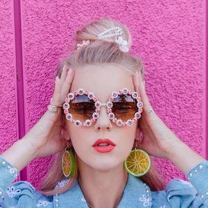Vintage Rhinestone Sunglasses Retro Round Shape